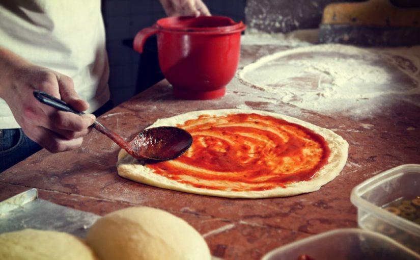 przepis na oryginalną włoską pizze